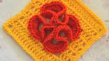 Цветок на филейной сетке