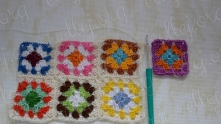 In the third motif leave unfinished one side too. Take the 4-th motif, edging and join third motif of the second row.