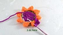Теперь вяжем 3 ССН в дырочку, которая получилась после создания шишечки.