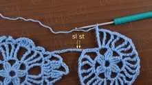 Снова пропускаем 1 петлю на переходной цепочке и делаем 2 соединительные в следующие петли.