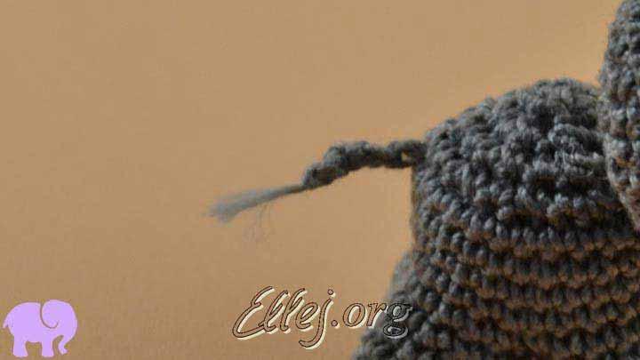Слоник Пантелеймон крючком