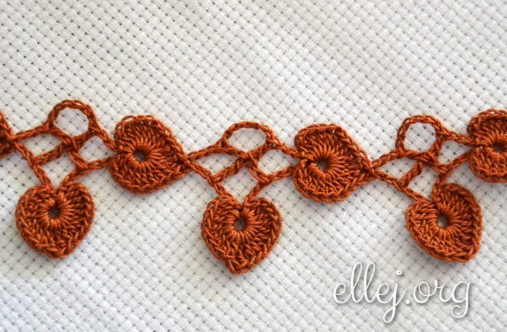 How to crochet Leaf Edging