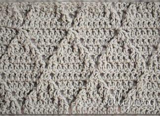 Рельефный узор с ромбами крючком