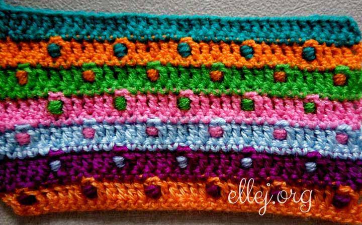 Изнанка рельефного разноцветного узора-051