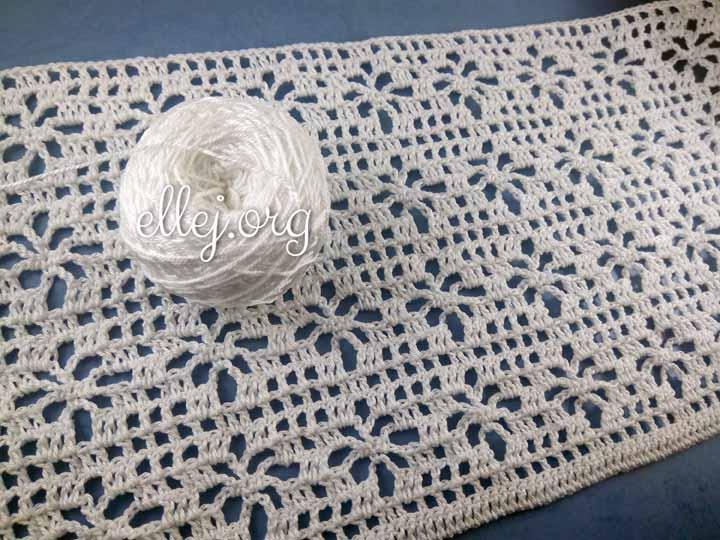 Филейное вязание, сорочка крючком. Спинка.