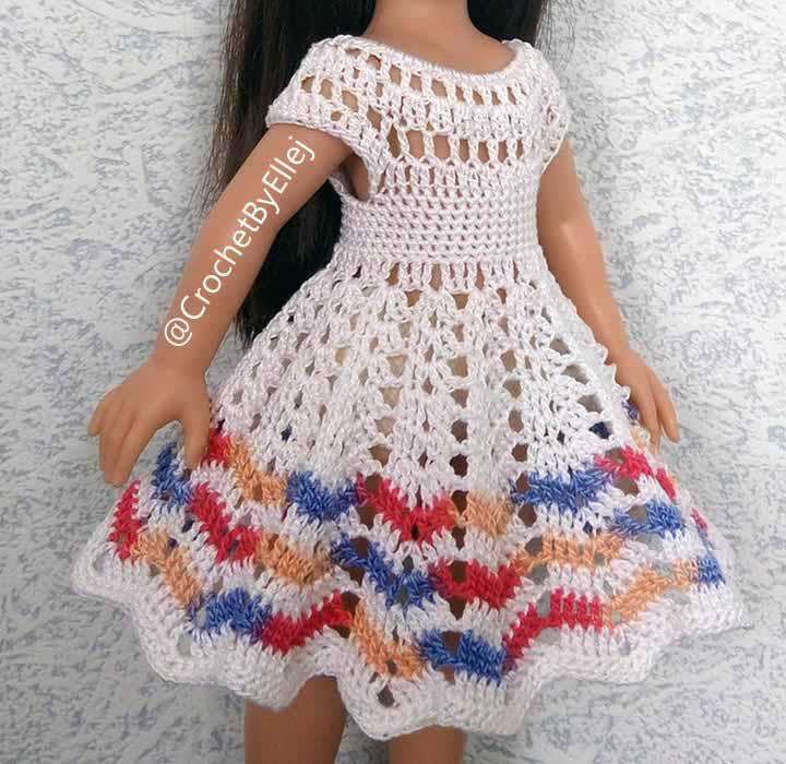 Платье крючком для испанской куклы 32-34 см