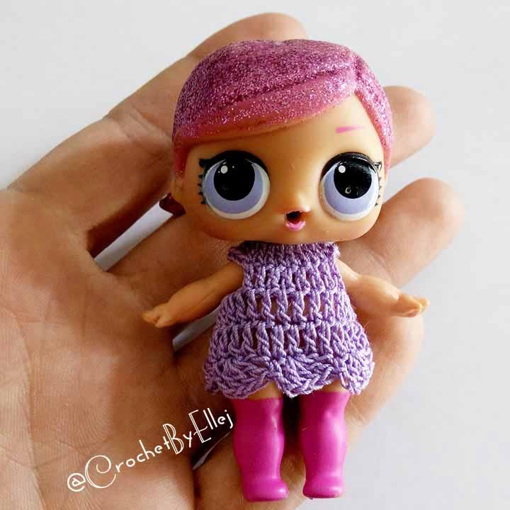Одежда крючком для кукол LOL. Описание вязания.